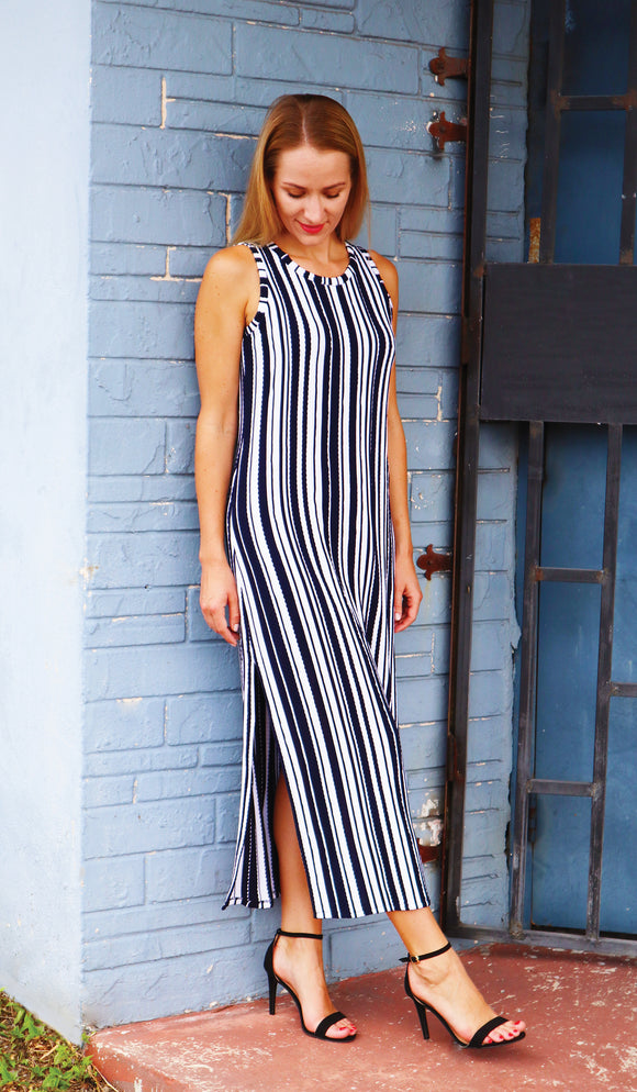 SIBEL Sleeveless Crew Neck Vertical Stripe Maxi Dress with Slits