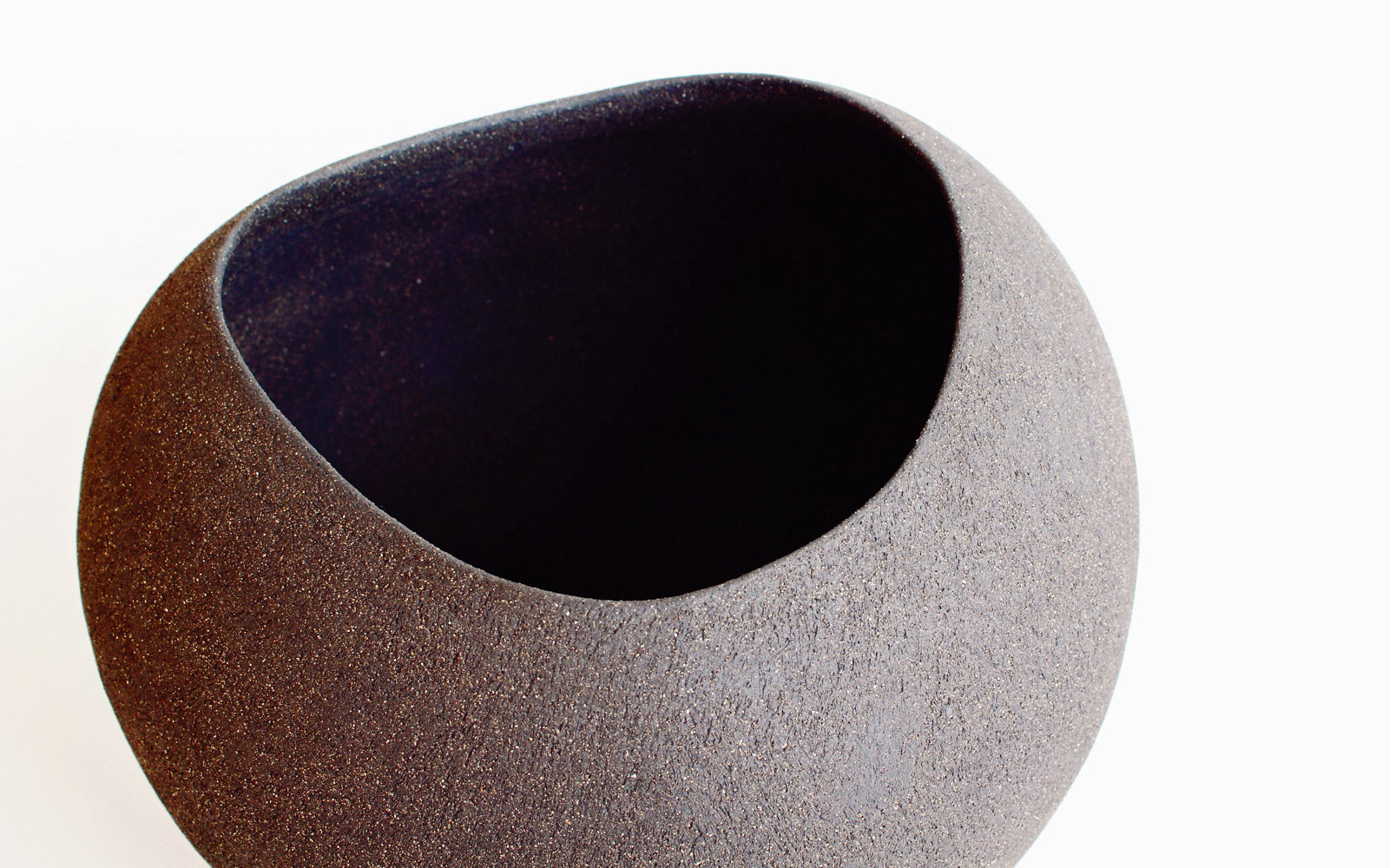 Yasha Butler Ceramic Lithic Vessel Dark