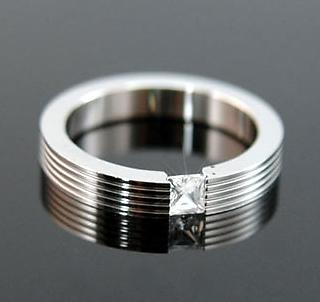 Cubic Zirconia Stud Solid Stainless Steel Ring XMR023
