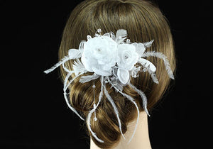 Handmade Bridal White Feather Fabric Fascinator Rose Hair Comb XT1364