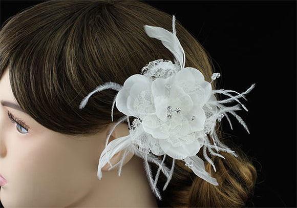 Bridal Wedding Fascinator Light Ivory Feather Handmade Hair Flower XT1575