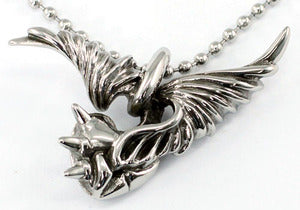 Gothic Flying Rings w/ Heart Claw Stainless Steel Mens Pendant Necklace MP019