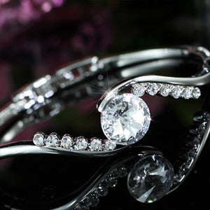 5 Carat Bangle use Austrian Crystal XB093