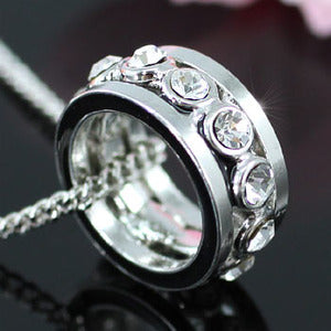 Ring Shape Pendant Necklace use Swarovski Crystal XN240