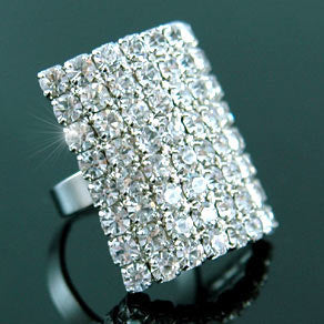Queen Jumbo Bling Ring use Swarovski Crystal XR045