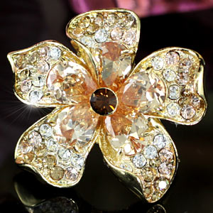 Jumbo Queen Flower Gold Plated Crystal Ring XR122