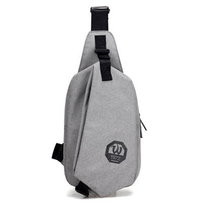 Young outdoor chest bag with USB port | simple design