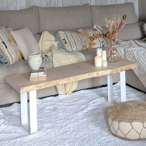 Nikaule Coffee Table with White Legs