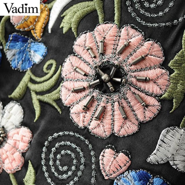 Jacket vintage flower embroidery - Basic Jacket