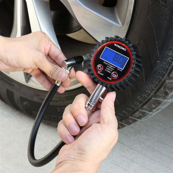 Universal Digital Tire Pressure Gauge 200 PSI - Tire Repair Tools