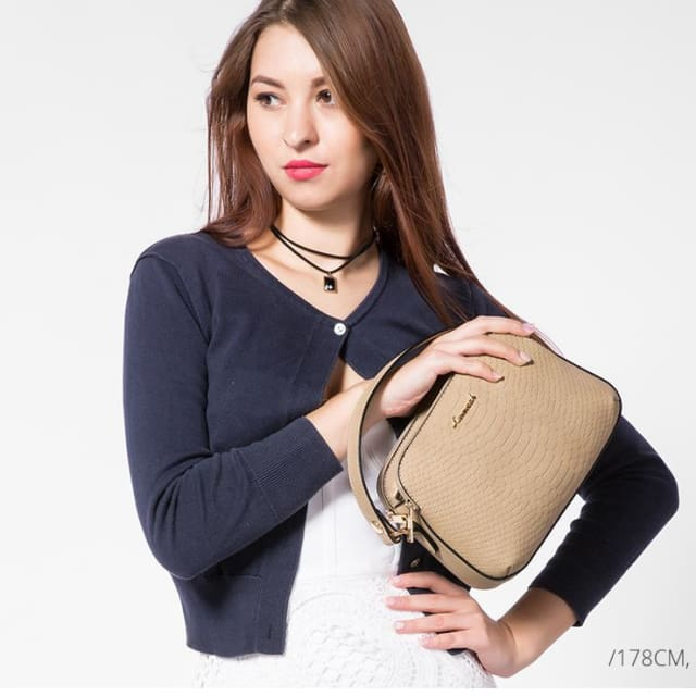 Women shoulder bag high quality female small messenger bag flap ladies crossbody bag 2018 with thread - Shoulder & Crossbody Bags
