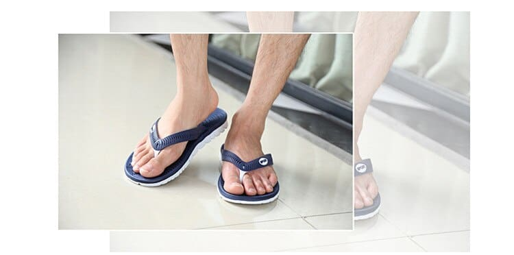 Size 40-45 Mens Beach Sandals