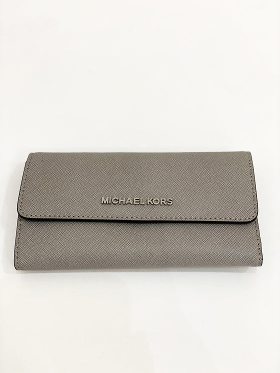 Michael Kors Large Trifold Purse In Pearl Grey