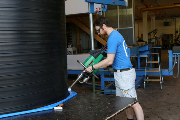 Plastic tank fabrication using Leister Extrusion Welder