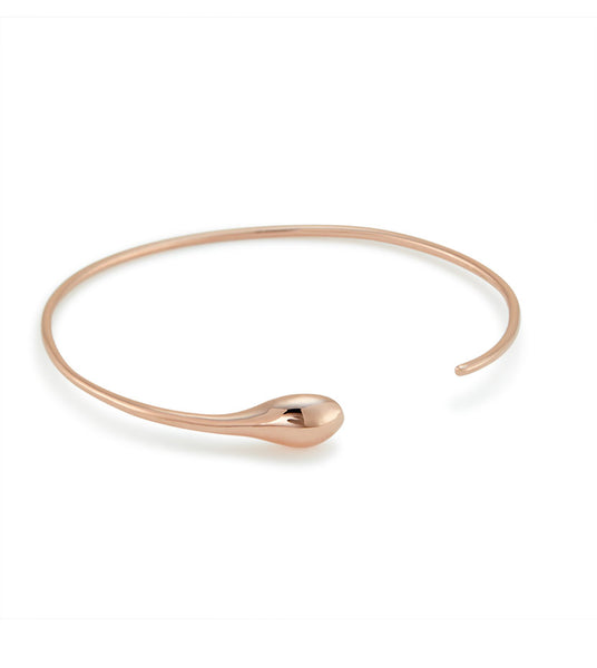 Tear hug (rose gold)
