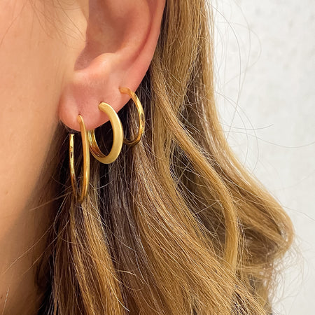 Thick Knife Edge Hoops