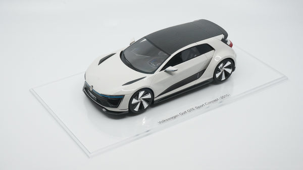 VW Golf GTE Sport Concept 10