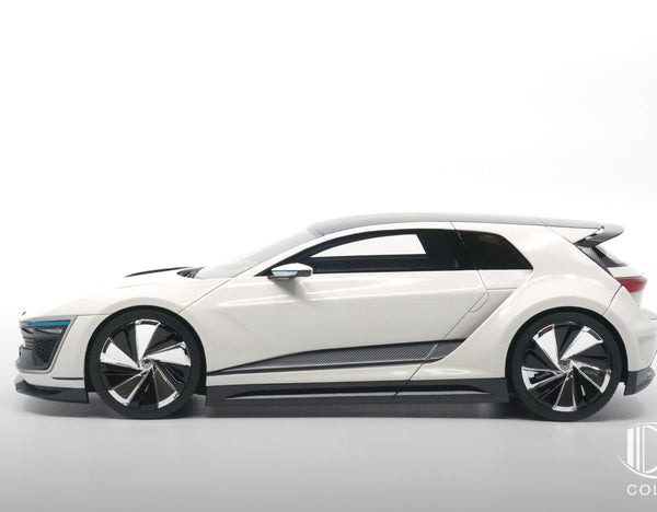 VW Golf GTE Sport Concept 5