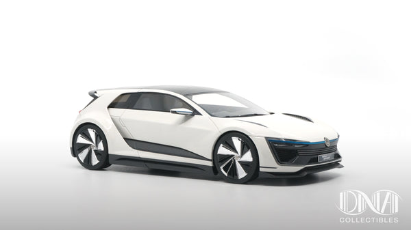 VW Golf GTE Sport Concept 1