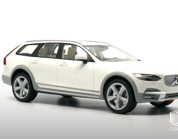 Volvo V90 Cross Country Ocean Race 4