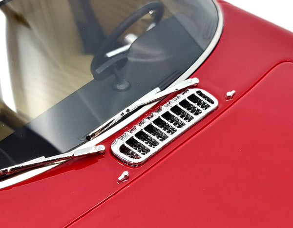 Volvo P1800 Red 8