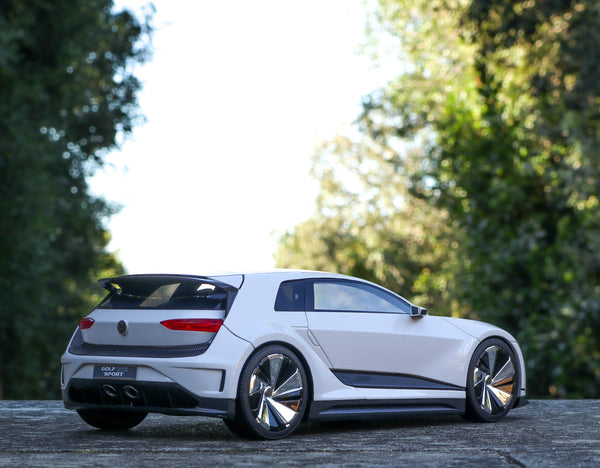 VW Golf GTE Sport Concept 13