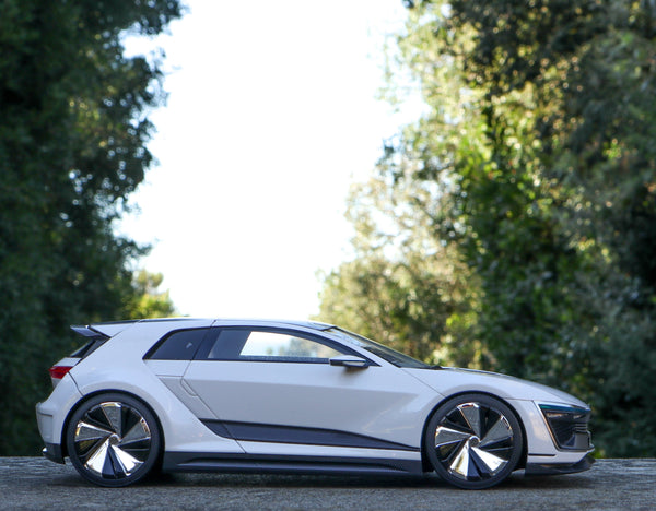 VW Golf GTE Sport Concept 12