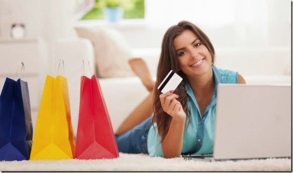 What Are The Advantages Of Shopping Clothes For Women Online Lashkaraa