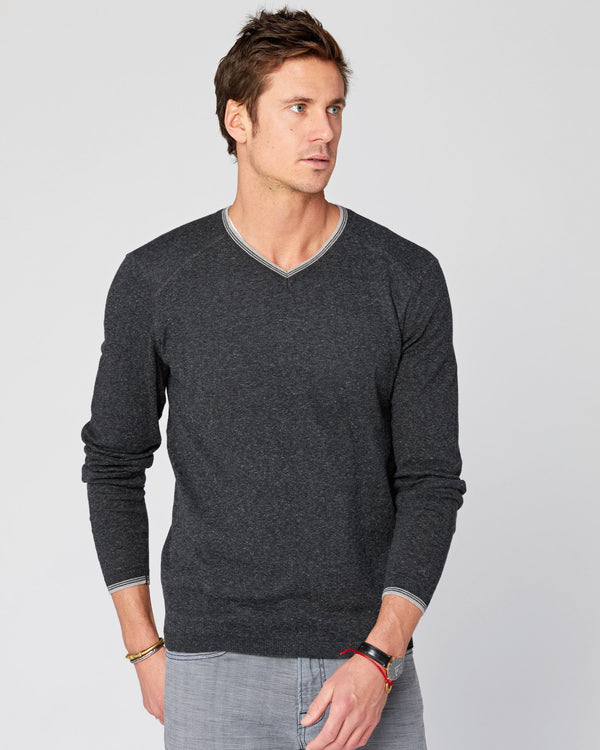 Fin Supima Long Sleeve Vee