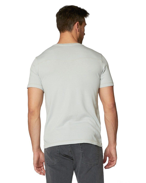 Rusty Short Sleeve Vee
