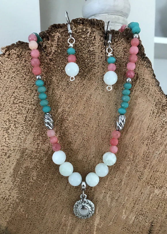 Jade and Mixed Agate Necklace and Earrings Set in Silver