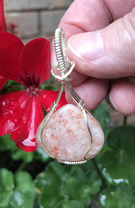 Indian Sunstone Pendant in Silver