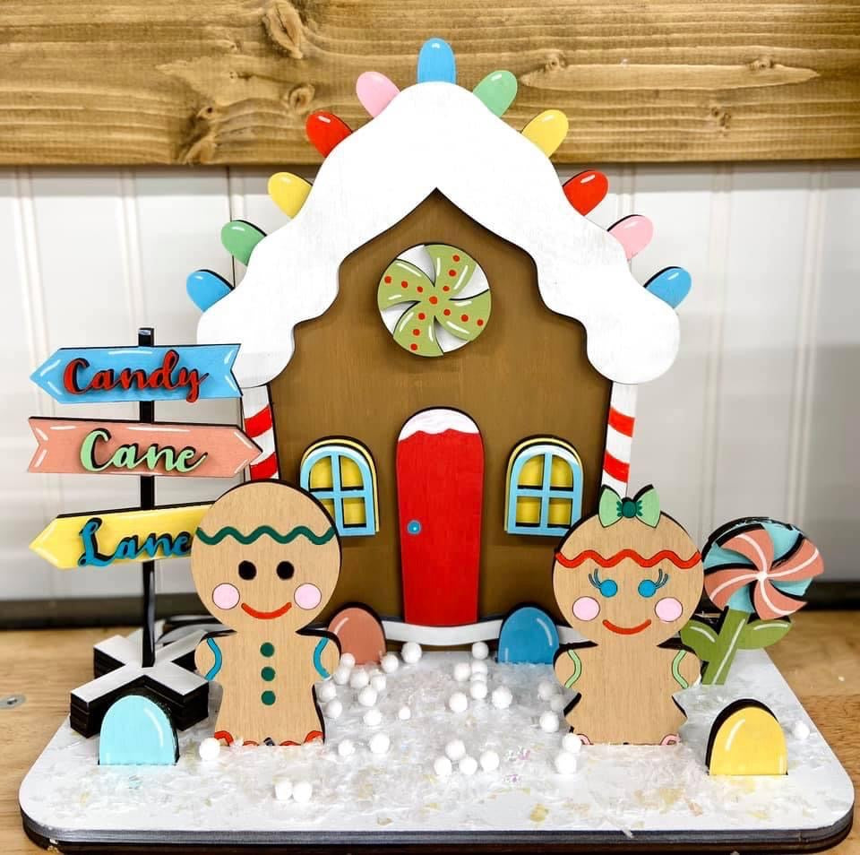 Gingerbread House Standing Set