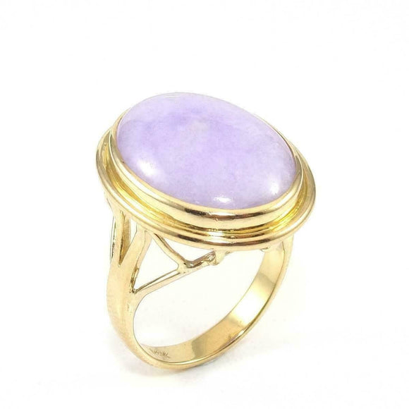 14K Yellow Gold Lavender Jade Solitaire Cocktail Ring Size 7.75