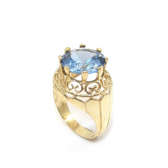 18K Yellow Gold Ring Size 6.5 Blue Topaz Solitaire Cocktail