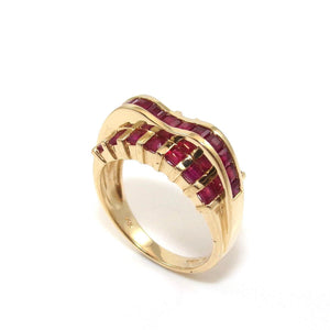 14K Yellow Gold Natural Ruby Wavy Ring Size 7.25