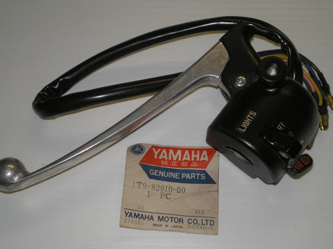 YAMAHA DT100 1977-1979 L/H Switch & Lever Assembly 1T9-82910-01 1T9-82910-00