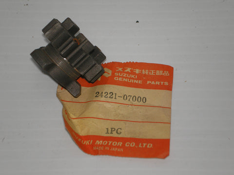 SUZUKI A100 RV90 1972-1977 Second Drive Gear 24221-07000