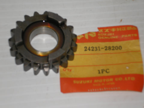 SUZUKI RV125 TC125 1972-1977 Third Drive Gear 24231-28200