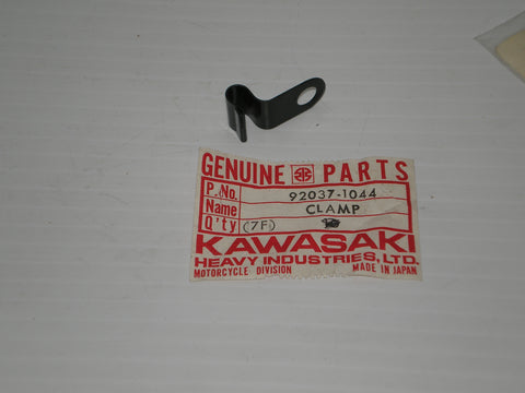 KAWASAKI  KZ750  B G  Wiring Harness Holder  Clamp 92037-1044