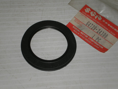 SUZUKI ALT50 ALT125 ALT185 LT125 LT185 1983-1987 Rear Axle Dust Seal 64729-24300