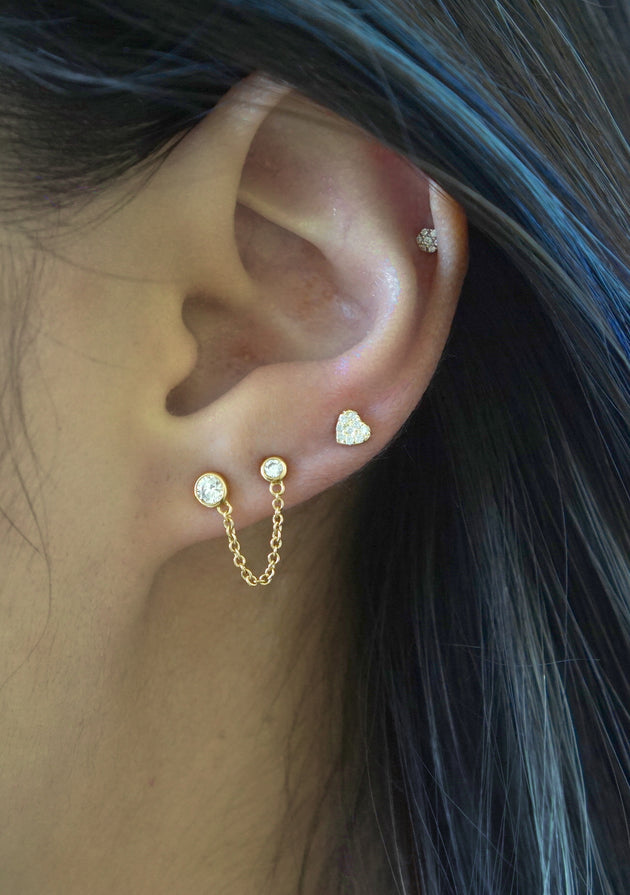 Double Bezel Connected with a Chain Stud Earring