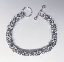 Seaxwolf handcrafted grand 14 gauge sterling silver solid Byzantine chain with toggle clasp for men and women.