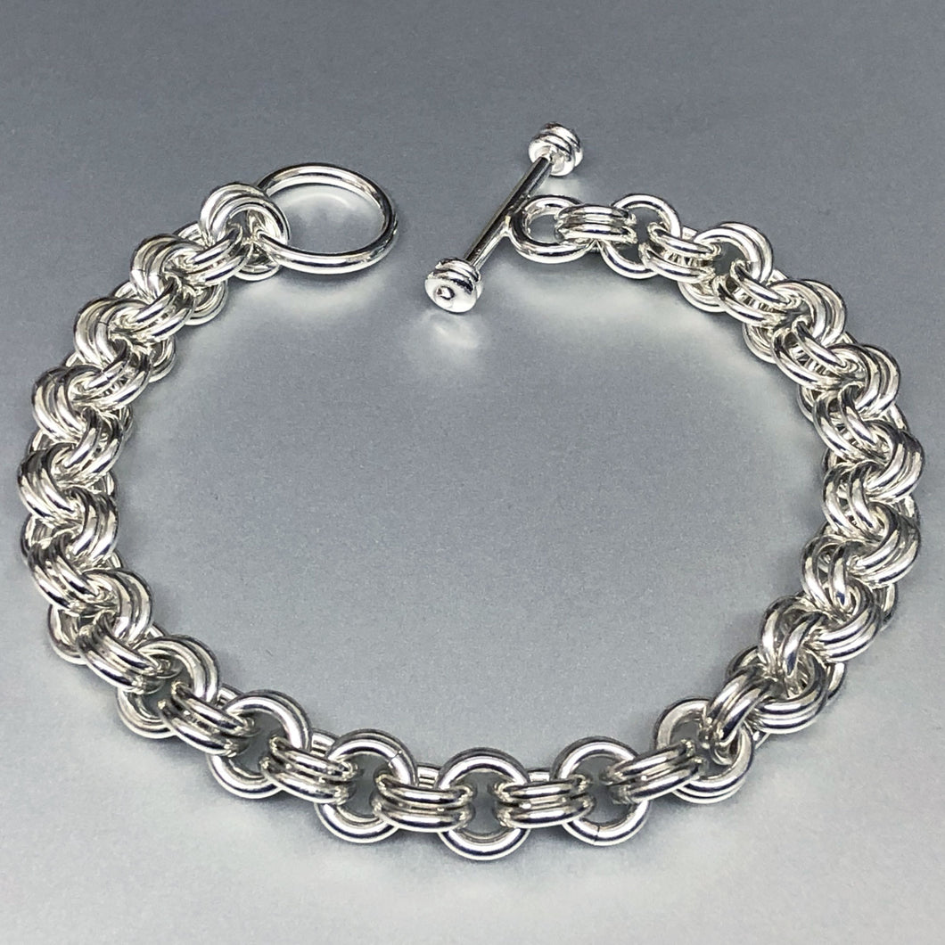Seaxwolf handcrafted chunky sterling silver double link chain for men and women.