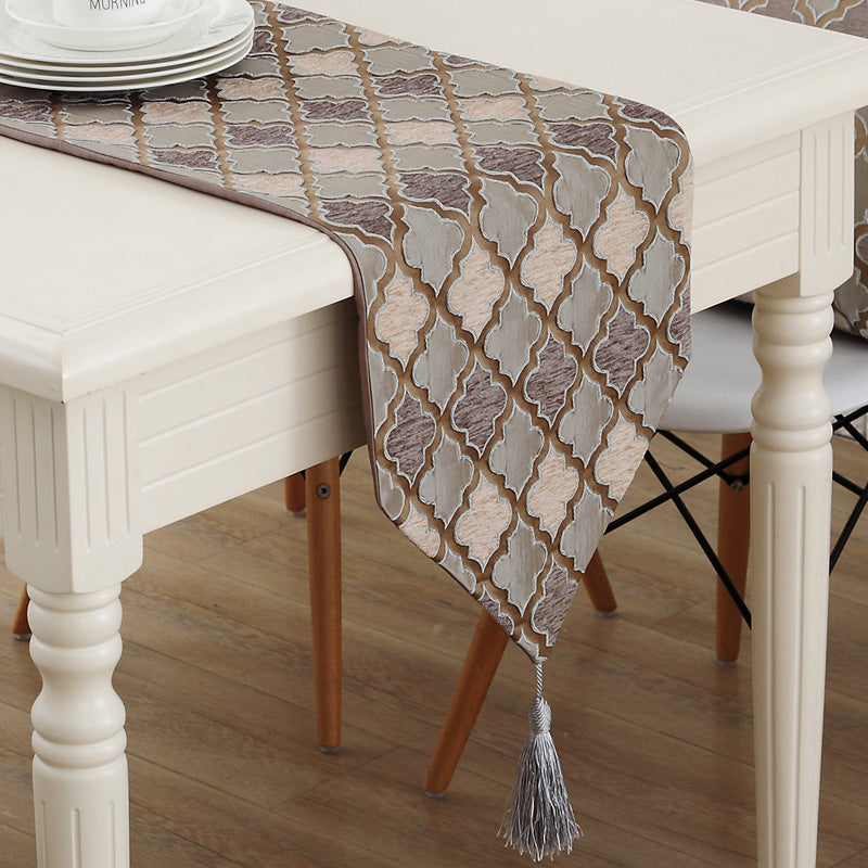 Earth-tone Color Table Runner