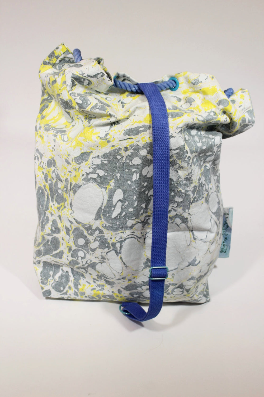 Objects 'n the Round x Commend Drawstring Bag