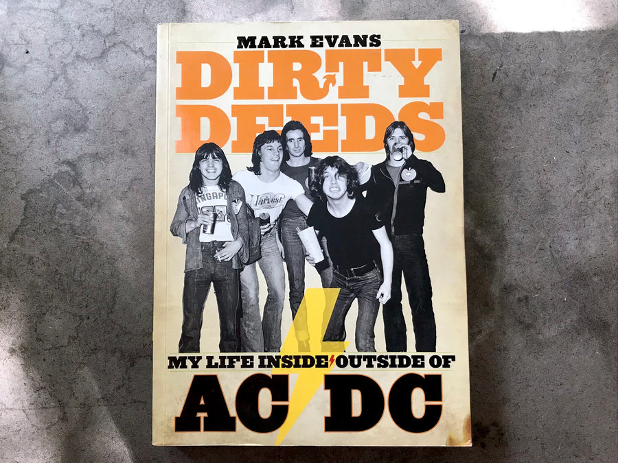 Dirty Deeds - AC/DC - book
