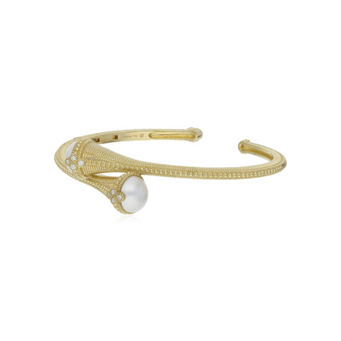 RIPKA Bella Mabe Pearl Bypass Cuff with Diamond Accents