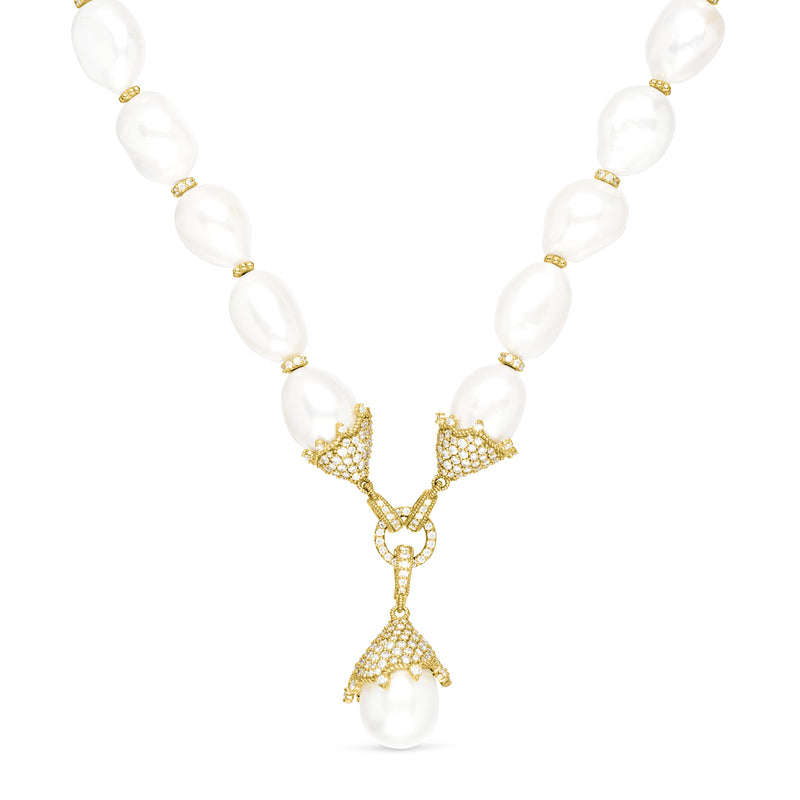 Paloma Necklace with Baroque Freshwater Pearl and Diamonds in 18K
