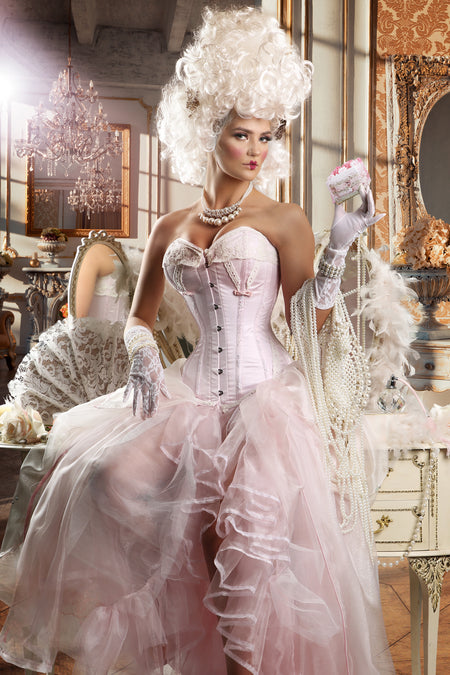 Historic Lace Corset finished with Flossing